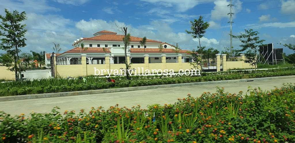 Forbes Hill Bacolod Club House from outside