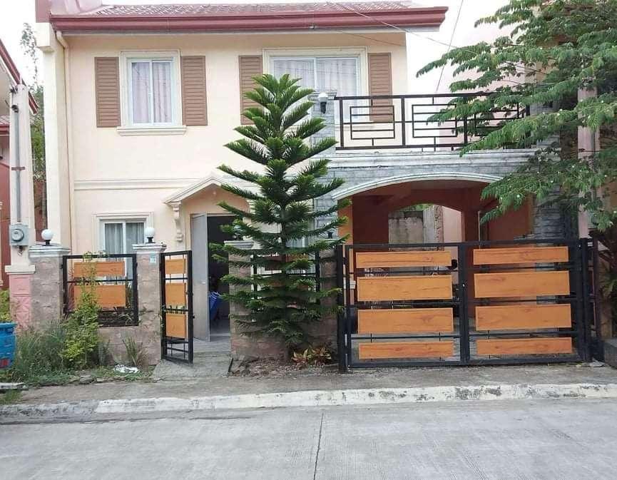 Rush House for Sale in Camella Mandalagan (1)